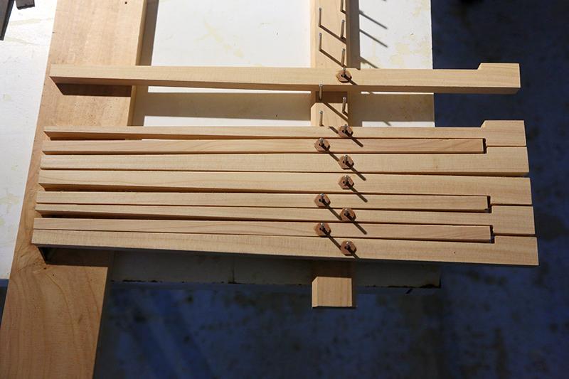 [Lutherie] Fabrication d'un clavecin. - Page 11 28_mar34