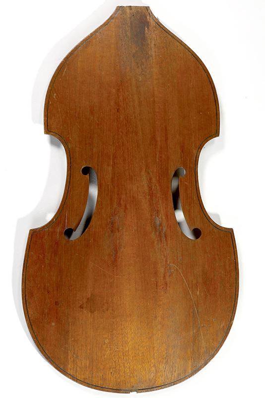 Basse de viole en noyer et à six cordes - Page 3 Cmim0027