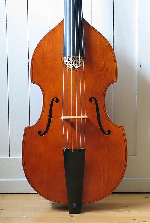 [Lutherie] Viole de gambe à 7 cordes. - Page 2 Maggin10