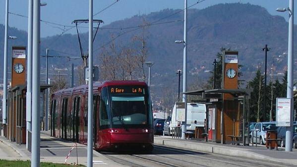 Tramway ou trolley ???? Tram210
