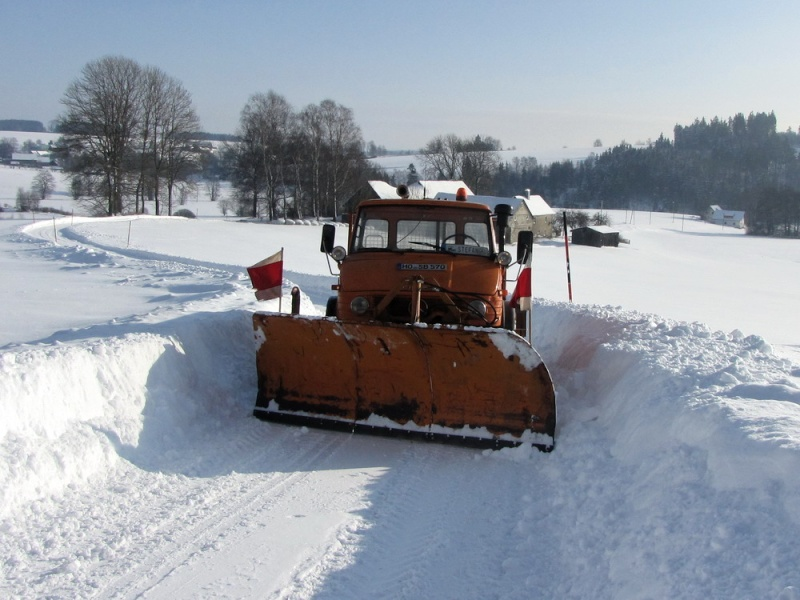 photos unimog chasse neige - Page 2 Img_0911