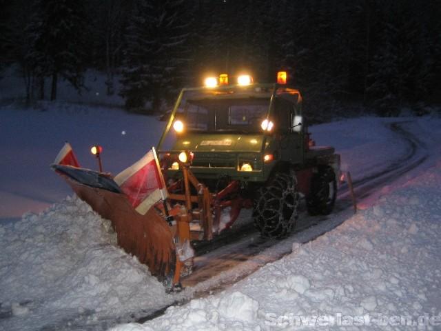 photos unimog chasse neige - Page 2 Img_3410