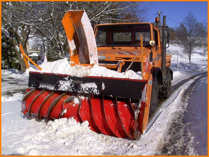 photos unimog chasse neige - Page 2 Pict4410