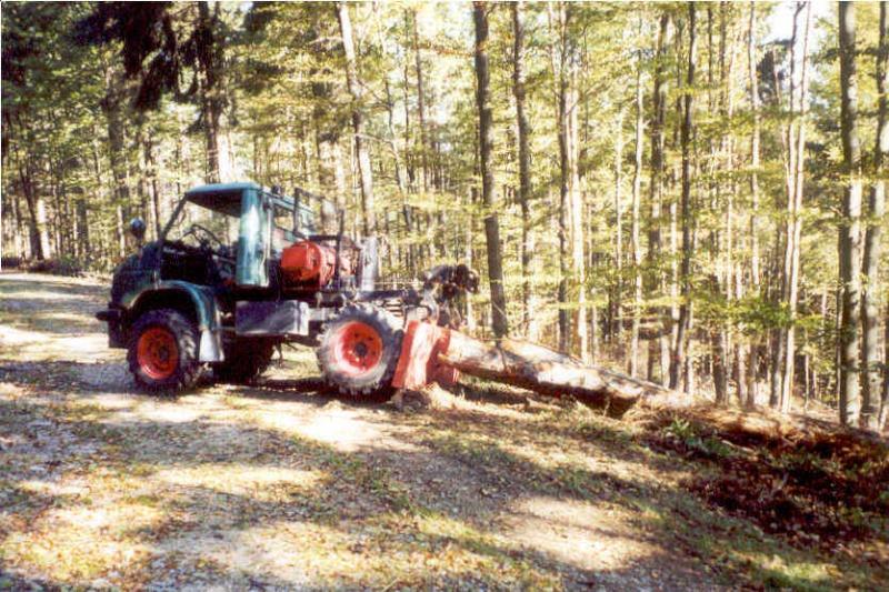 unimog mb-trac wf-trac pour utilisation forestière dans le monde - Page 2 Unimog10