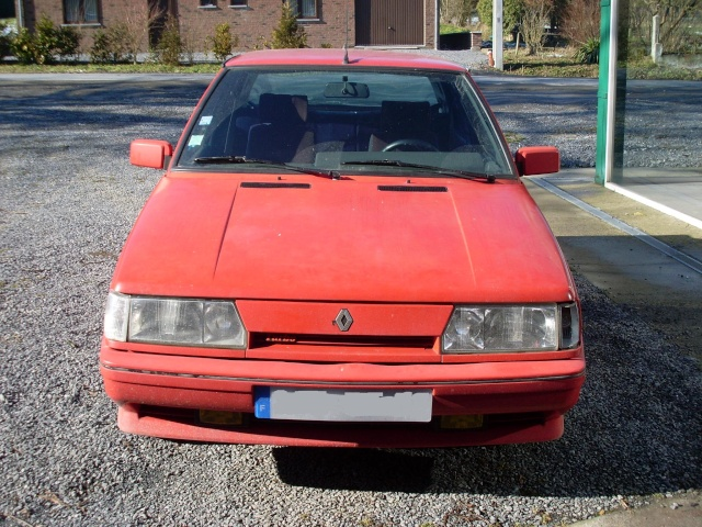 Ma R11 TURBO Phase II Rouge (1987) Sl370911