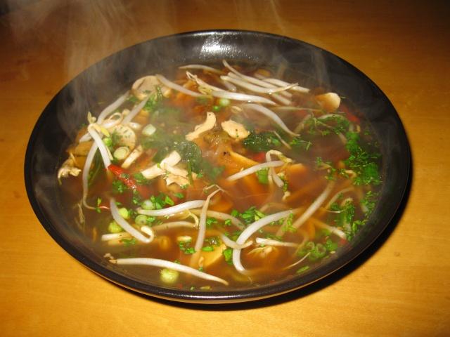 Bouillon, légumes et tortellinis Soupe_11
