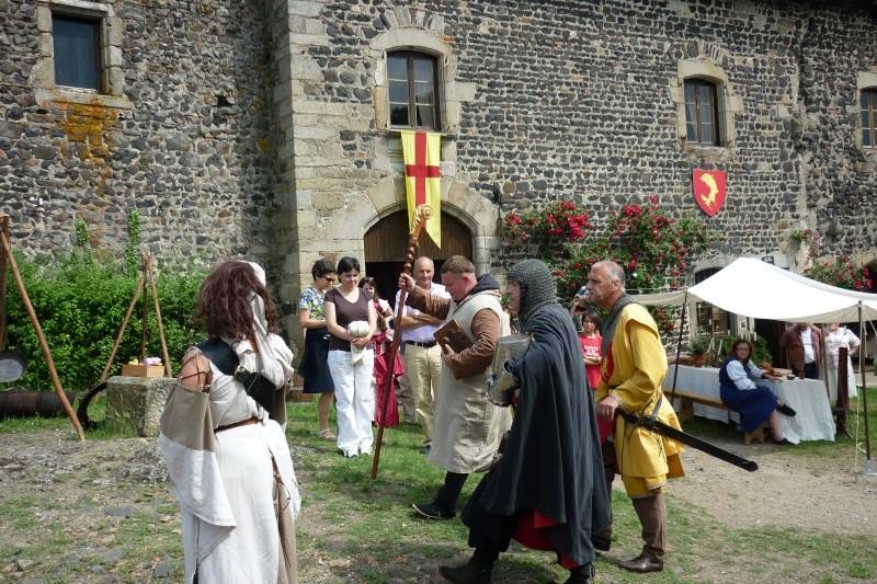 grande fete médiévale de montverdun pour le compte de l'assocoiation histoire et patrimoine 34010