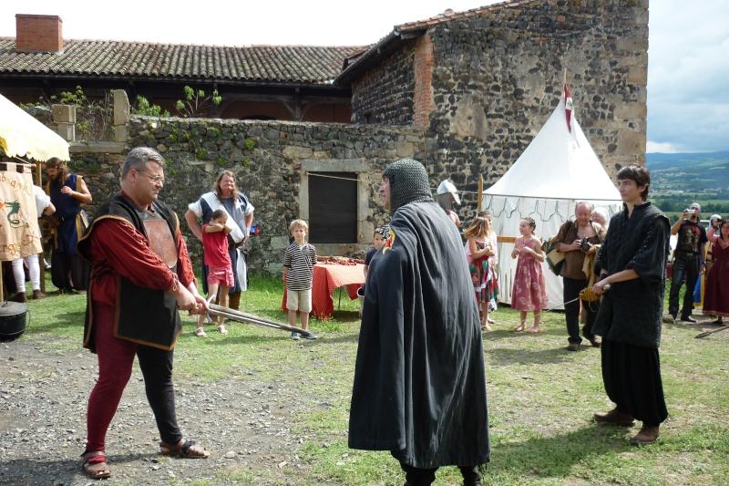 grande fete médiévale de montverdun pour le compte de l'assocoiation histoire et patrimoine 35710