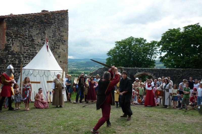 grande fete médiévale de montverdun pour le compte de l'assocoiation histoire et patrimoine 36110