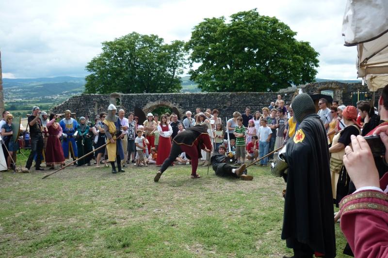 grande fete médiévale de montverdun pour le compte de l'assocoiation histoire et patrimoine 36210