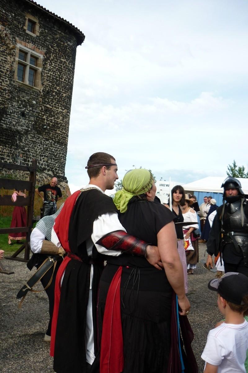 grande fete médiévale de montverdun pour le compte de l'assocoiation histoire et patrimoine 37410