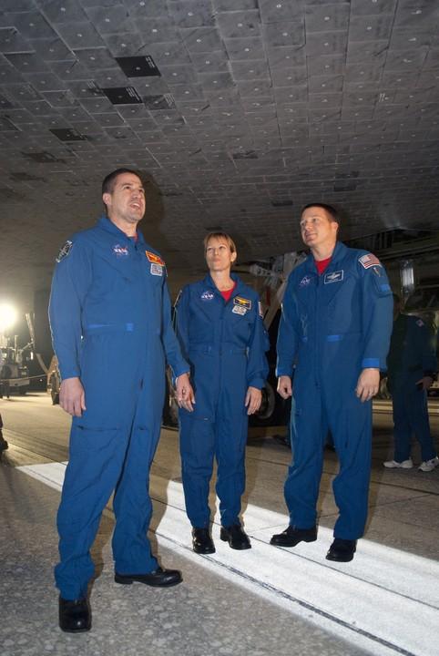 [STS-130] Endeavour : fil dédié au suivi de la mission. - Page 19 2010-115