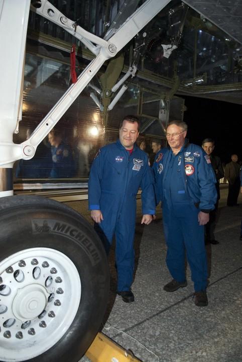 [STS-130] Endeavour : fil dédié au suivi de la mission. - Page 19 2010-116