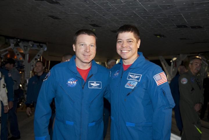 [STS-130] Endeavour : fil dédié au suivi de la mission. - Page 19 2010-117