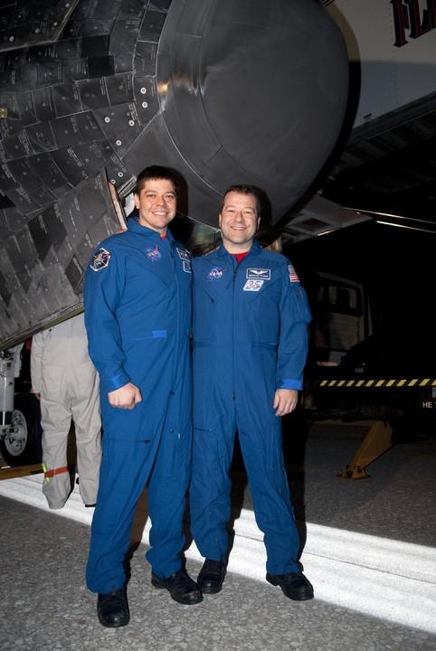 [STS-130] Endeavour : fil dédié au suivi de la mission. - Page 19 2010-119