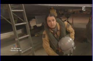 Mardi 23 mars sur FR2 En vol avec l'armée de l'air ( reportage sur le tir d'une ariane 5) Capt_141