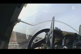 Mardi 23 mars sur FR2 En vol avec l'armée de l'air ( reportage sur le tir d'une ariane 5) Capt_148
