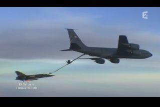 Mardi 23 mars sur FR2 En vol avec l'armée de l'air ( reportage sur le tir d'une ariane 5) Capt_149