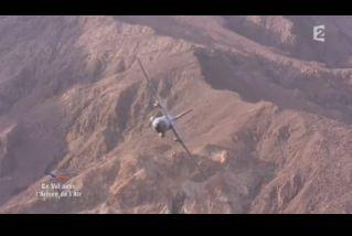 Mardi 23 mars sur FR2 En vol avec l'armée de l'air ( reportage sur le tir d'une ariane 5) - Page 2 Capt_160