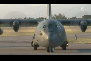 Mardi 23 mars sur FR2 En vol avec l'armée de l'air ( reportage sur le tir d'une ariane 5) - Page 2 Capt_162