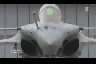 Mardi 23 mars sur FR2 En vol avec l'armée de l'air ( reportage sur le tir d'une ariane 5) - Page 2 Capt_167