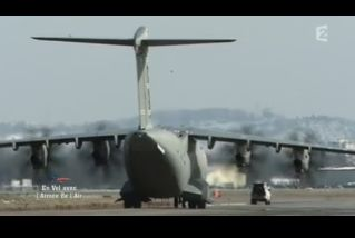 Mardi 23 mars sur FR2 En vol avec l'armée de l'air ( reportage sur le tir d'une ariane 5) - Page 4 Capt_178