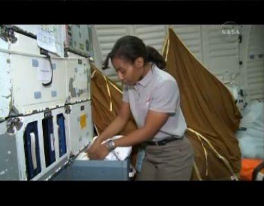 [STS-131] Discovery : préparatifs - Page 9 Capt_187