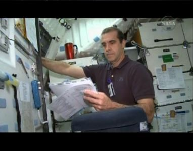 [STS-131] Discovery : préparatifs - Page 9 Capt_189