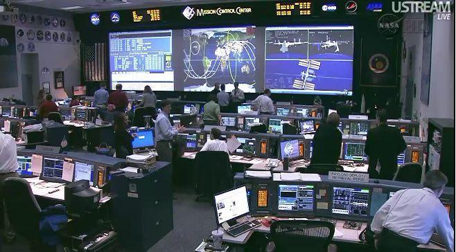 [STS-133] Discovery: Déroulement de la mission. - Page 7 Capt_213