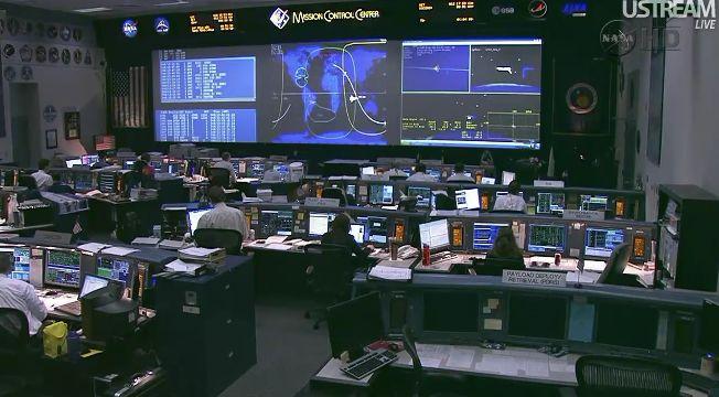 [STS-133] Discovery: Retour sur terre 09.03.2011 - Page 2 Capt_224