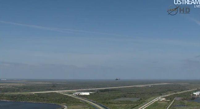[STS-133] Discovery: Retour sur terre 09.03.2011 - Page 2 Capt_226