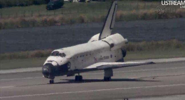 [STS-133] Discovery: Retour sur terre 09.03.2011 - Page 4 Capt_262