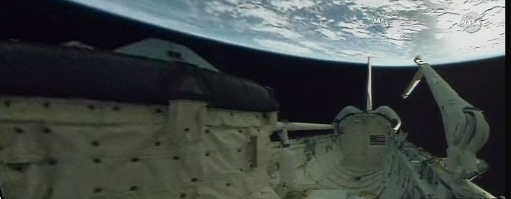 [STS-130] Endeavour : fil dédié au suivi de la mission. - Page 19 Panora12