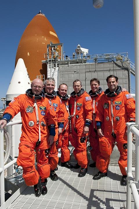 [STS-134] Endeavour : Préparatifs lancement le 29/04/2011 - Page 12 Sans1086