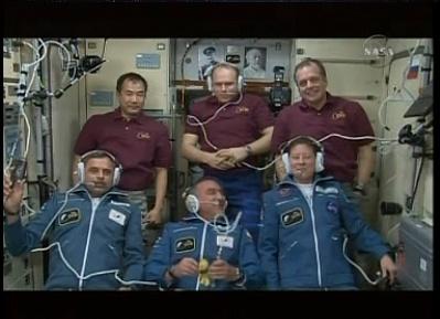ISS : Amarrage de Soyouz TMA-18 le 4 avril 2010 - Page 3 Sans_163