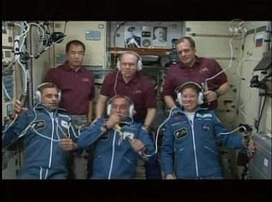 ISS : Amarrage de Soyouz TMA-18 le 4 avril 2010 - Page 3 Sans_164