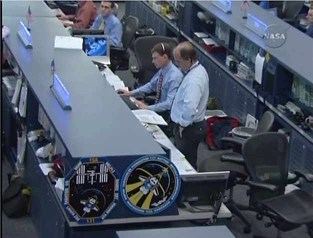 [STS-131 / ISS19A] Discovery : déroulement de la mission - Page 4 Sans_257