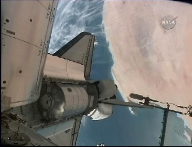 [STS-131 / ISS19A] Discovery : déroulement de la mission - Page 5 Sans_258