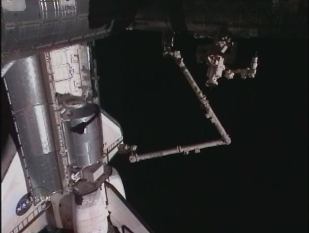 [STS-131 / ISS19A] Discovery : déroulement de la mission - Page 5 Sans_260