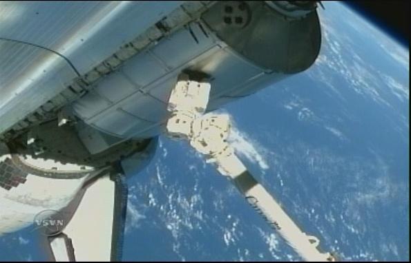 [STS-131 / ISS19A] Discovery : déroulement de la mission - Page 7 Sans_280