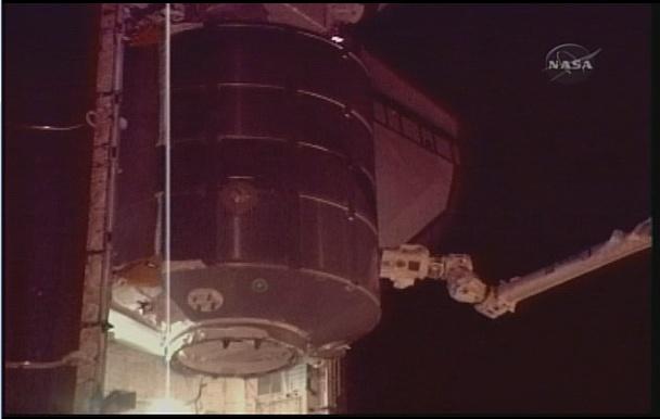 [STS-131 / ISS19A] Discovery : déroulement de la mission - Page 7 Sans_281