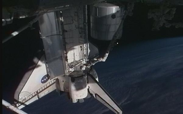 [STS-131 / ISS19A] Discovery : déroulement de la mission - Page 7 Sans_285