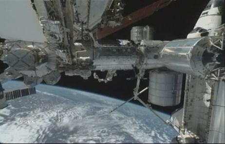 [STS-131 / ISS19A] Discovery : déroulement de la mission - Page 7 Sans_291