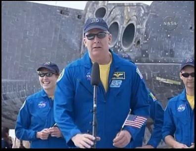 [STS-131] Discovery : Retour sur terre  20/04/2010 - Page 12 Sans_443
