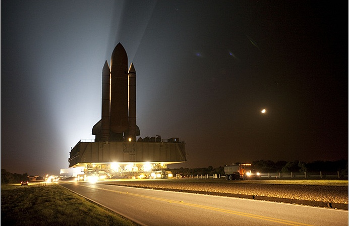[STS-132] Atlantis : préparatifs (lancement prévu le 14/05/2010) - Page 5 Sans_465