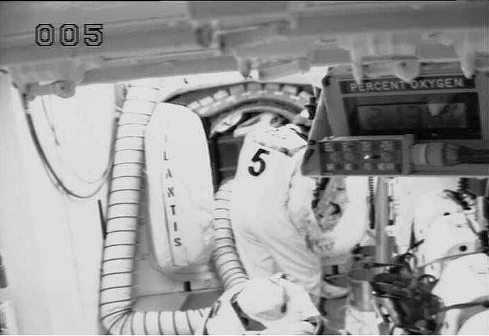 [STS-132] Atlantis : fil dédié au lancement. (14/05/2010 à 20h19) - Page 4 Sans_534