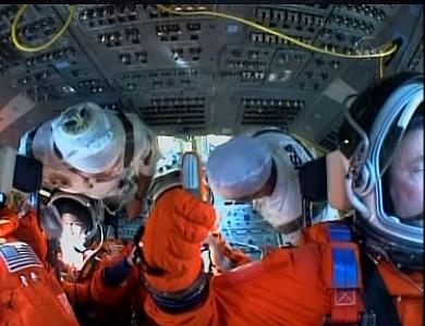 [STS-132] Atlantis : fil dédié au lancement. (14/05/2010 à 20h19) - Page 6 Sans_558