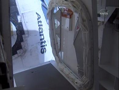 [STS-132] Atlantis : fil dédié au lancement. (14/05/2010 à 20h19) - Page 9 Sans_565