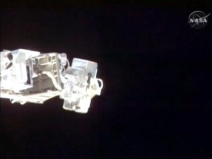 [STS-132] Atlantis : fil dédié à la mission - Page 2 Sans_587