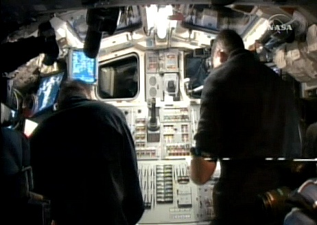 [STS-132] Atlantis : fil dédié à la mission - Page 4 Sans_595